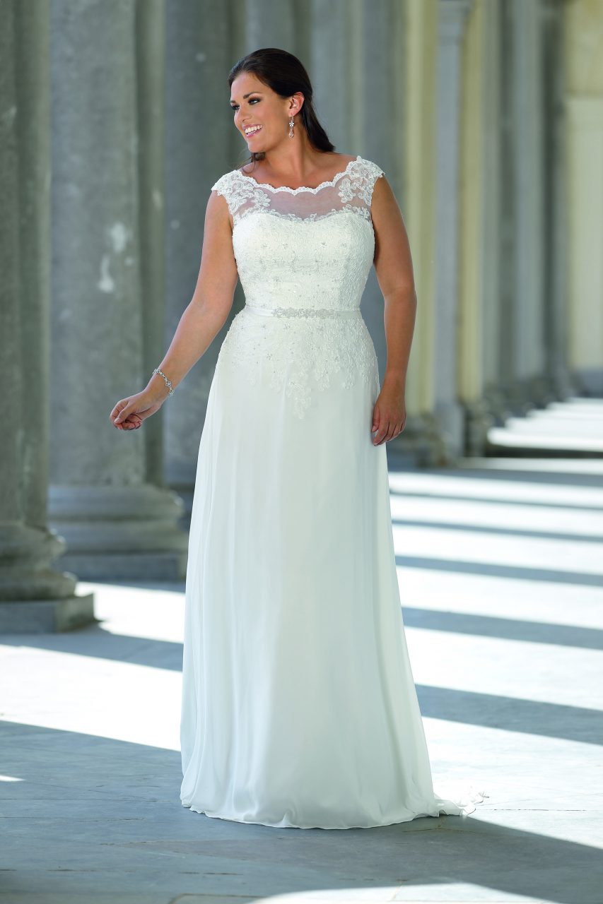 Ladybird Introduces 2018 Plus Size Collection - Bridal Times